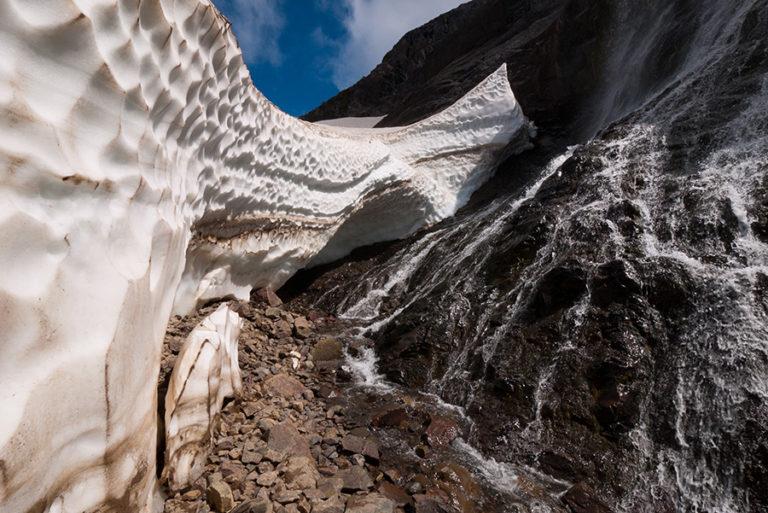 Túneles de hielo en Limits Adventure, sólo en la Guía Esquel