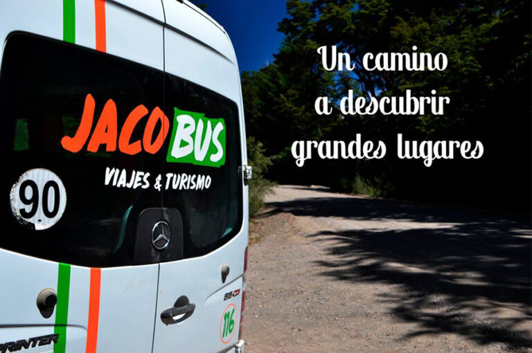 Jaco Bus Jacobsen en La Guia Esquel