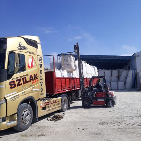 transportes szilak en La Guía Esquel