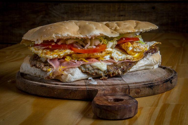 Super Pizza en La Guia Esquel