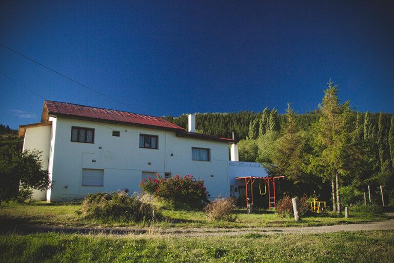 La Colina Hostel y Camping en La Guia Esquel